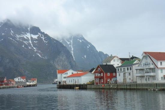 Svolvaer, นอร์เวย์: The Lofoten Islands is very sparsely populated.  Mostly, its little fishing villages.  Like this