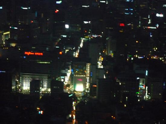 หอคอยโซล: ソウル一の繁華街・明洞