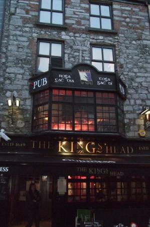 กัลเวย์, ไอร์แลนด์: DAS pub schlecht hin