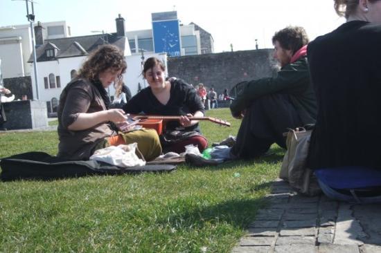 กัลเวย์, ไอร์แลนด์: die hippies