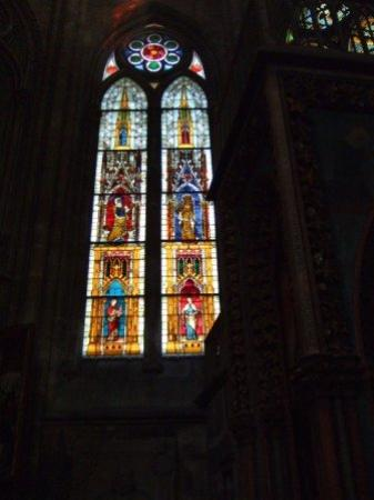 Marburg, เยอรมนี: Stained glass window