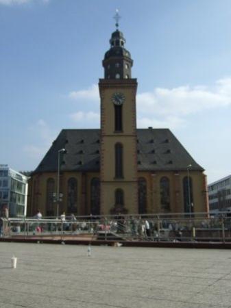 แฟรงก์เฟิร์ต, เยอรมนี: The square in Frankfurt