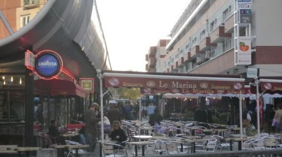 Montigny-le-Bretonneux ภาพถ่าย