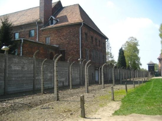 Oswiecim, โปแลนด์: Barracones de Auschwitz