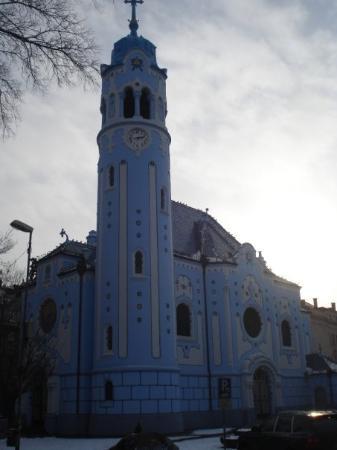 บราติสลาวา, สโลวะเกีย: The blue church