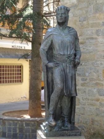 statue in Jaca