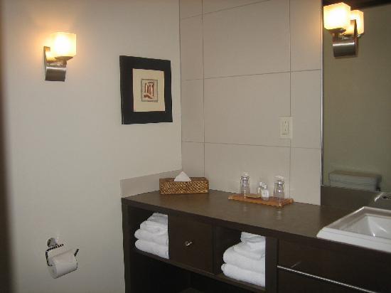 Hotel Mortagne: bathroom 2