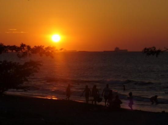 ซานตามาร์ตา, โคลอมเบีย: ATARDECER
