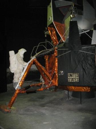 ไลเดน, เนเธอร์แลนด์: ESA Space expo