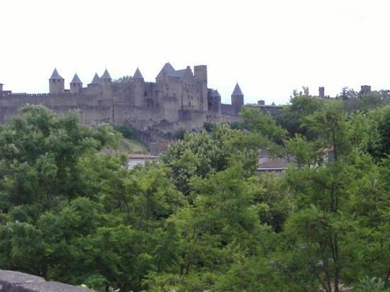เมืองโบราณการ์กาซอน: ---CARCASSONNE---  La Cité Médiévale.