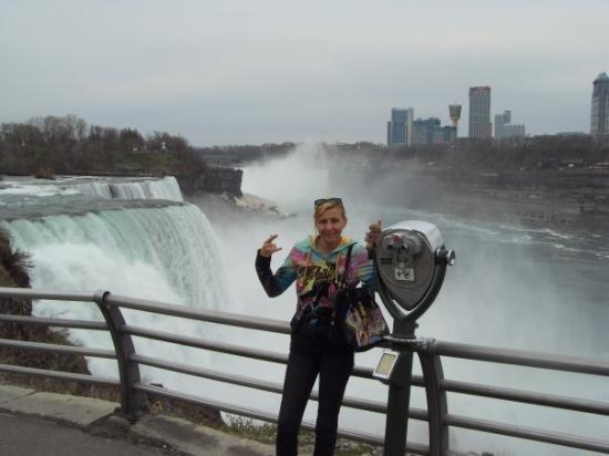 น้ำตกไนแองการ่า, นิวยอร์ก: Niagara Fälle