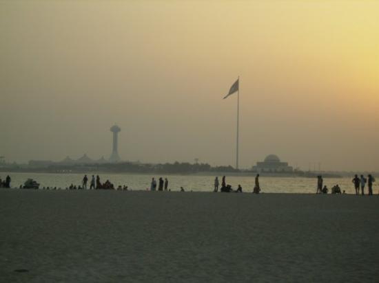 อาบูดาบี, สหรัฐอาหรับเอมิเรตส์: Abu Dhabi