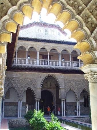 เซบียา, สเปน: Alcazar: The Arabian Nights