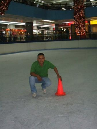มาราไกโบ, เวเนซุเอลา: patinando en hielo