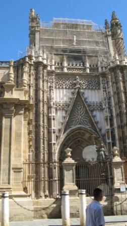 เซบียา, สเปน: Portale della Cattedrale di Siviglia