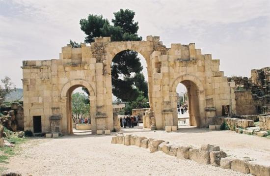 อัมมาน, จอร์แดน: La cité romaine de Jerash - l'Arc d'Hadrien