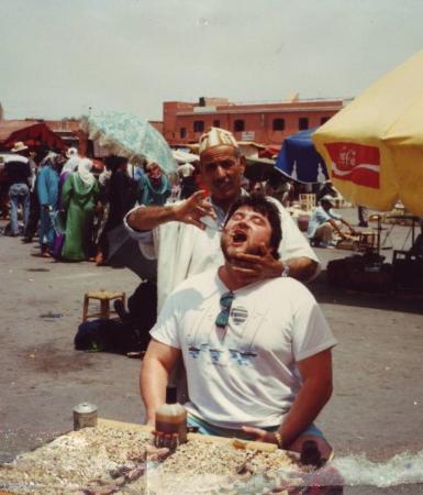 เจมาอา เอล ฟนา: Zahnarzt auf der Djema el Fna, Marrakesch, Marroko