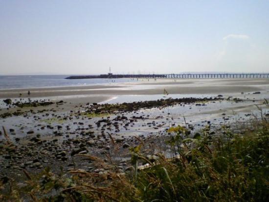 ไวต์ร็อก, แคนาดา: The Pier at white rock beach