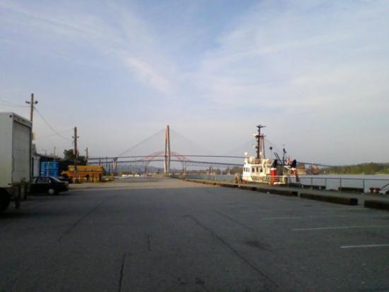 นิวเวสต์มินสเตอร์, แคนาดา: Another pic of the bridge...