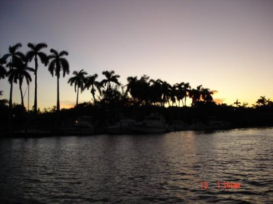 ไมอามี่, ฟลอริด้า: 14/10/2005 - in barca al tramonto