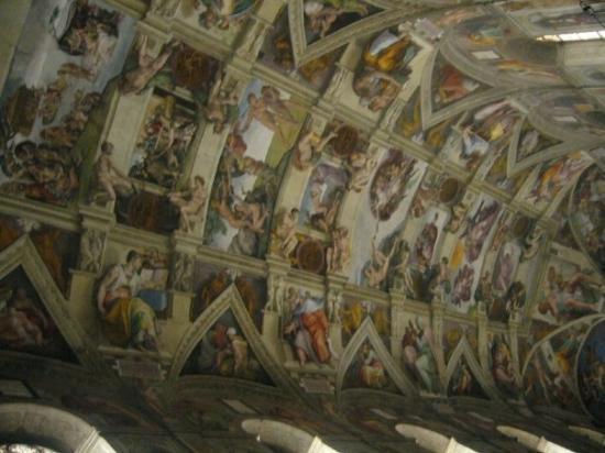 นครวาติกัน, อิตาลี: Il tetto della Capella Sistina. Bellisimo!