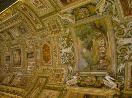 นครวาติกัน, อิตาลี: il tetto piú bendito.