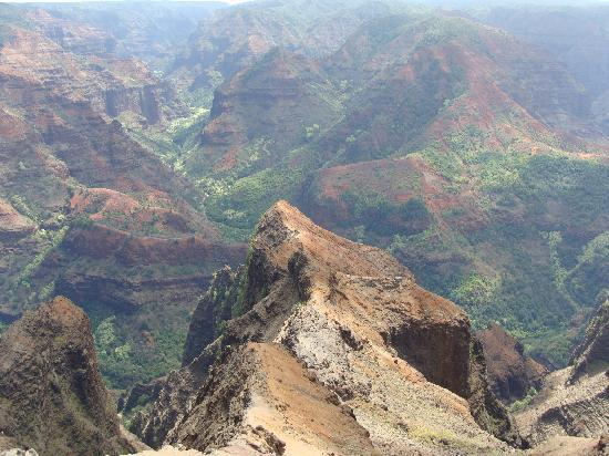 Plantation Hale Suites: Beautiful Waimea Canyon