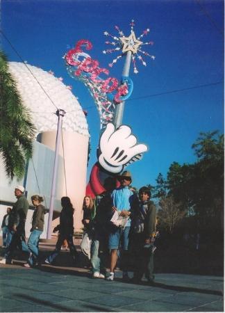 Disney, โอคลาโฮมา: QIERO VOLVER LOCO !