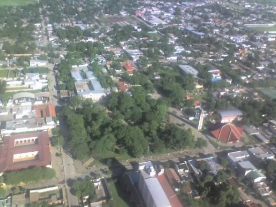 Oran, อาร์เจนตินา: LA PLAZA PIZARRO desde el aire y con celular
