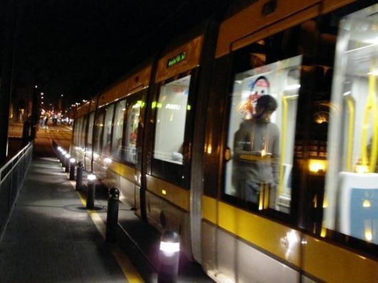 โปร์ตู, โปรตุเกส: Le métro de Porto