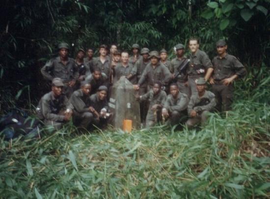 กาแยน, เฟรนช์เกียนา: GUYANE 94/96 BORNE 5 FRONTIERE BRESIL