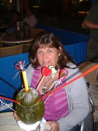 ซาลู, สเปน: SALOU MAI 2009  DANS UN CHOUETTE COIN BON COKTAIL