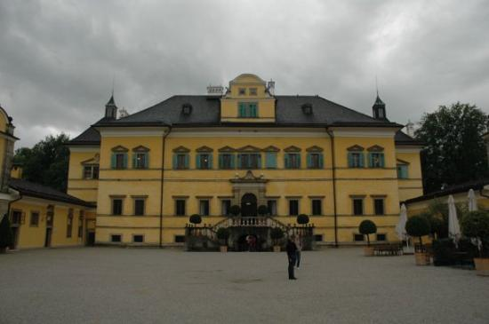 ซาลซ์บูร์ก, ออสเตรีย: Hellbrun / Salzburg