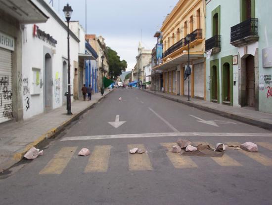 เม็กซิโกซิตี, เม็กซิโก: blocchi a Oaxaca