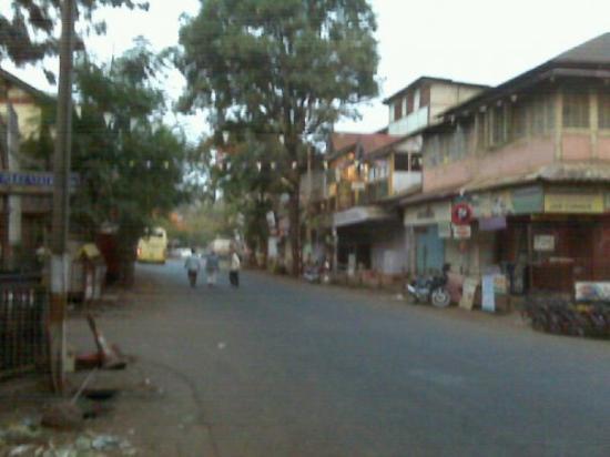 ปันช์กานี, อินเดีย: Panchgani is still sleepy