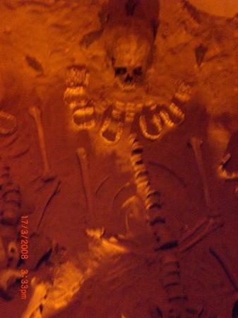 เม็กซิโกซิตี, เม็กซิโก: Tombe de sacrifiés.