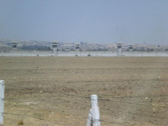 โตลูกา, เม็กซิโก: Prison Mexicaine pres de Toluca,on devrait avoir les mêmes en France,ça calmerait certains!!!