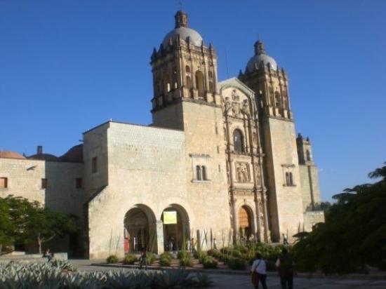 โออาซากา, เม็กซิโก: La cathédrale de Oaxaca,tres belle!