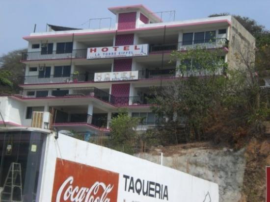 อะคาปูลโก, เม็กซิโก: C'est un comble d'aller à  Acapulco et dormir à l'Hotel de la Tour Eiffel! lol
