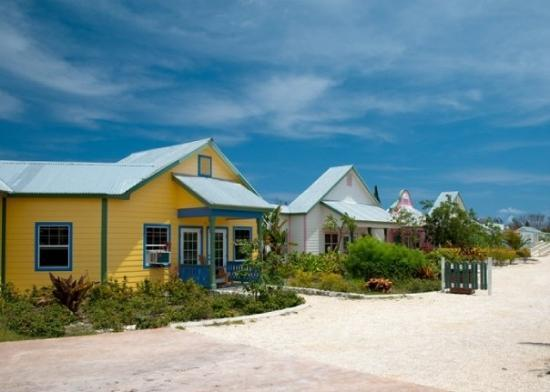 Cayman Turtle Centre: Island Wildlife Encounter: Typical Grand Cayman homes from early 1900's