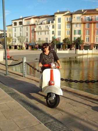ปอร์โตฟิโน, อิตาลี: Cuidado, mujer manejando!!!!