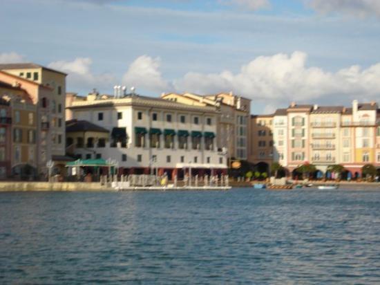ปอร์โตฟิโน, อิตาลี: Muelle en Portofino