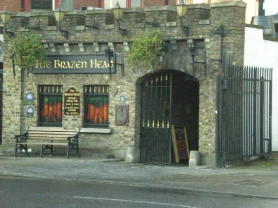 The Brazen Head: Il Pub storico di Dublino