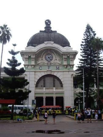 มาปูโต, โมซัมบิก: The beautiful, but unkept railway station designed by Gustaf Eiffel
