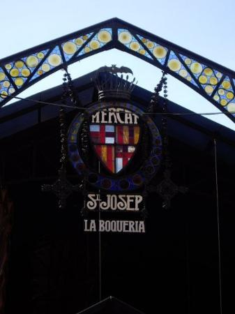 Mercat de la Boqueria: The entrance to La Boqueria, the fruit market along Las Ramblas