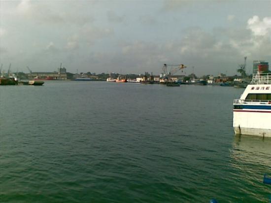 แซนซิบาร์, แทนซาเนีย: Ferry from Zanzibar to Dar es Salaam