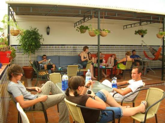 เซบียา, สเปน: Auf der Dachterasse in der Jugendherberge - Klappe 2
