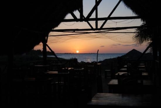 Holguin, คิวบา: sunset