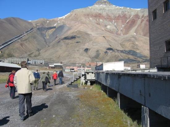ลองเยียร์เบียน, นอร์เวย์: Svalbard Pyramiden