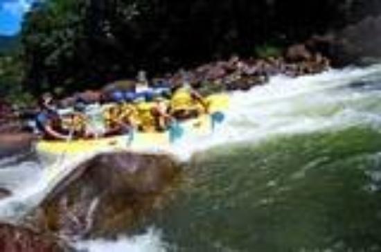 แคนส์, ออสเตรเลีย: Water Rafting in Aussie